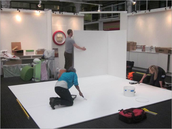Product-Design-Teamwork-At-Exhibition